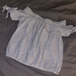 Kendall & Kylie off the shoulder crop top
